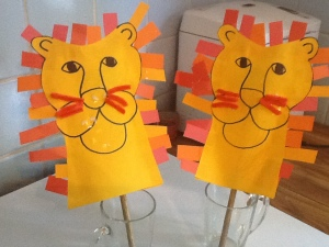 9-15 lion puppets all done